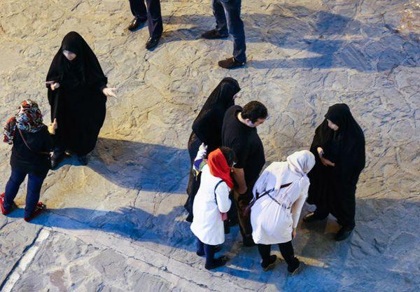 عکس زن ایرانی با  نازک